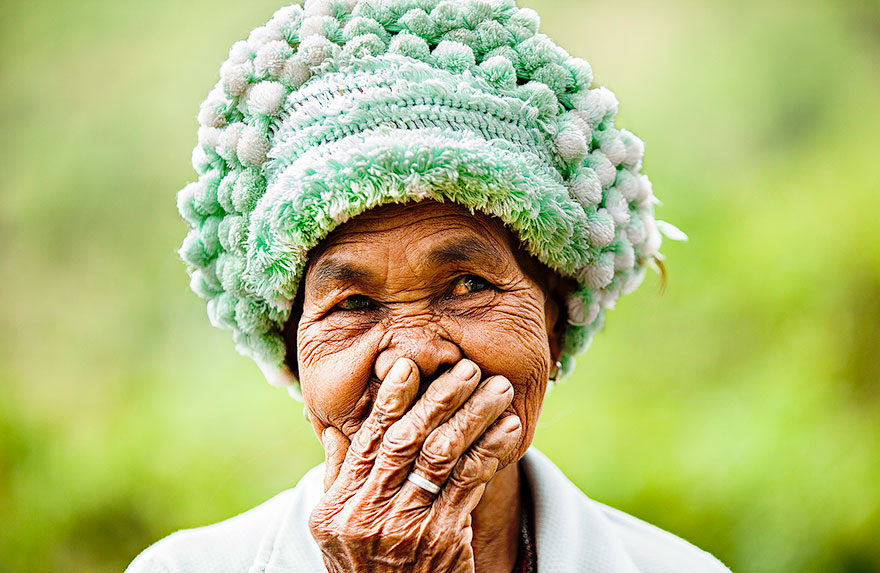 portrait-photography-hidden-smiles-vietnam-rehahn-4